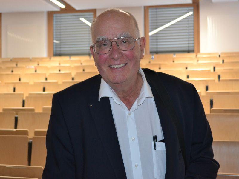 Prof. Dr. Uwe Wiemken