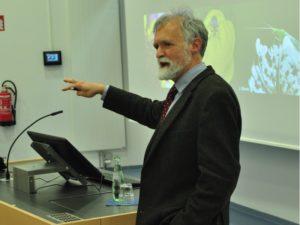 Professor Wägele ruft die Studierenden zum Handeln auf.